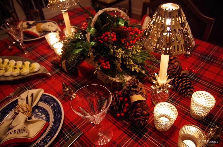 Williams Sonoma Christmas Table.Williams Sonoma